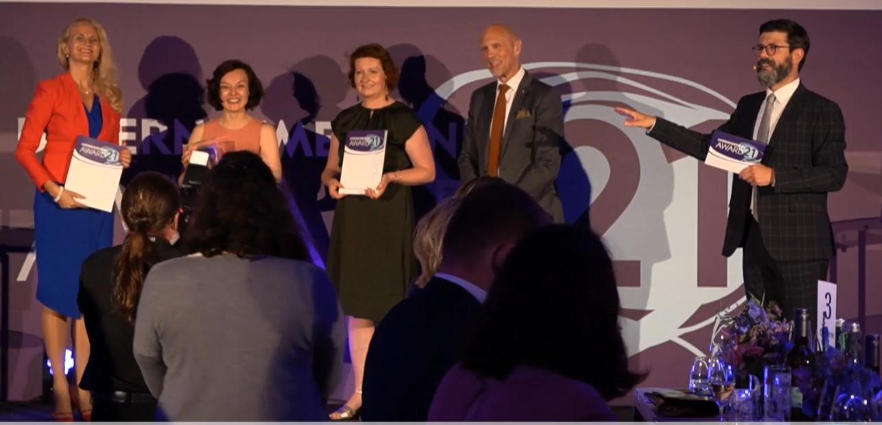 DAMENSACHE-Gründerin Marietta Babos ist beim Unternehmerinnen-Award 2021 unter die Top 3 der Social Entrepreneurinnen gewählt worden! 1