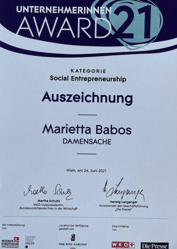 DAMENSACHE-Gründerin Marietta Babos ist beim Unternehmerinnen-Award 2021 unter die Top 3 der Social Entrepreneurinnen gewählt worden! 3